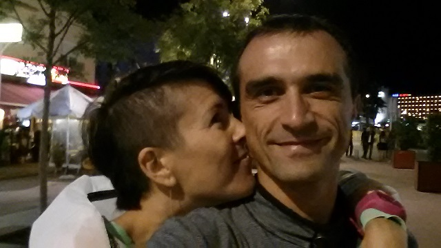 Вечерний променад. Калелья, Барселона, октябрь 2016.