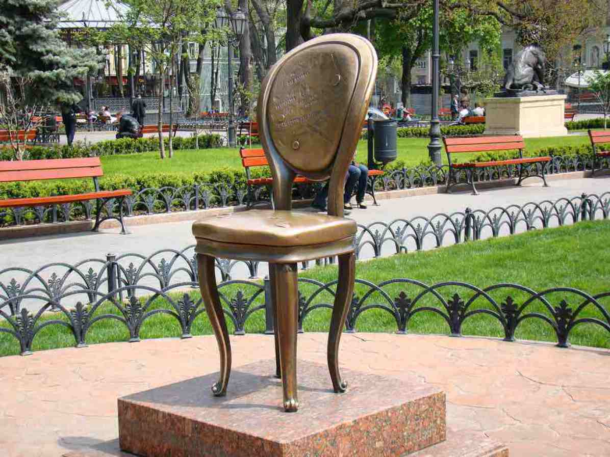 The-12th-Chair-Monument-Odessa-by-Tanya.K.Flickr