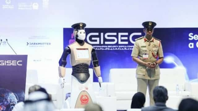 robocop-to-begin-patrolling-streets-of-dubai_ysxb.640