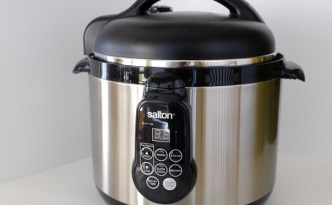 Salton5in1PressureCooker_thumb.jpg