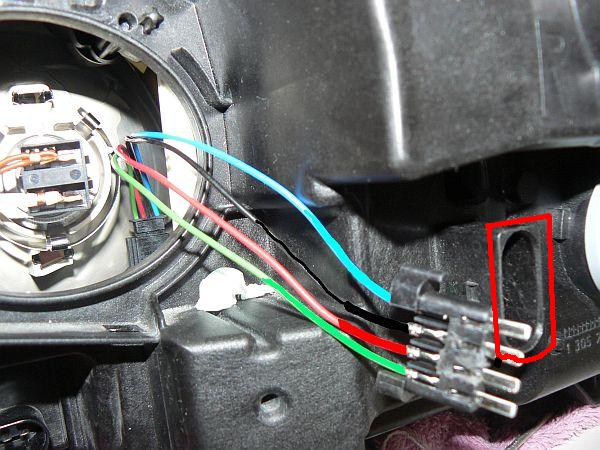 Adapter/Harness for bixenon headlight-part number? - MBWorldorg Forums