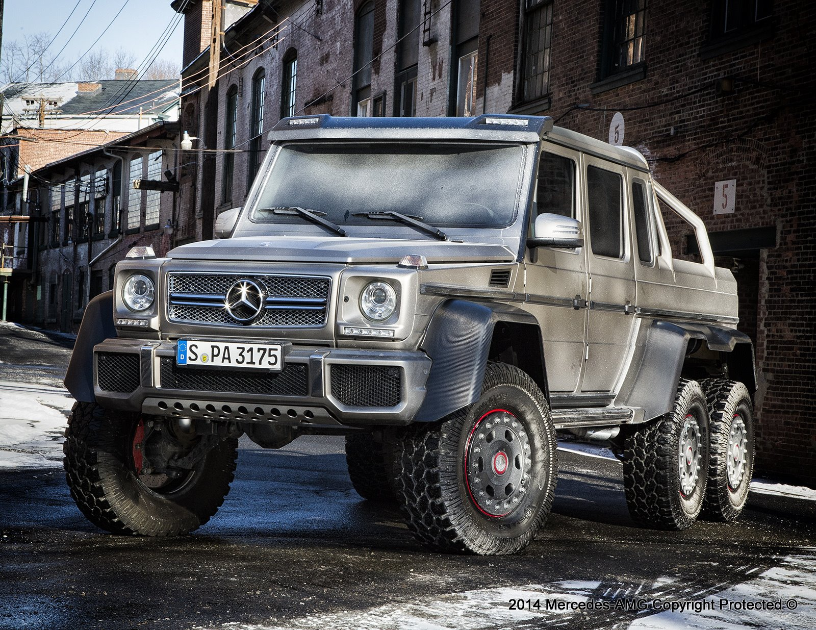 The g63 amg 6x6 is stateside mbworld for Jeep mercedes benz