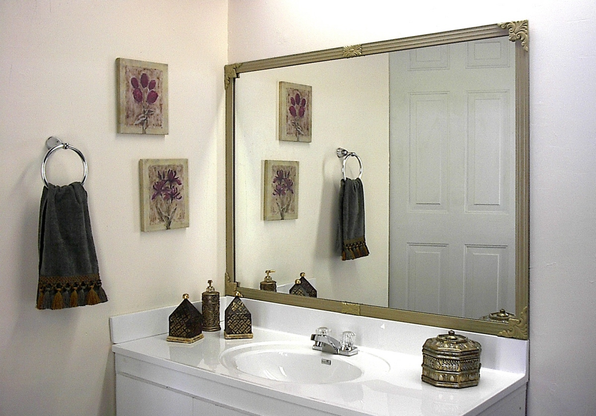 Diy Regal Mirredge Diy Mirror Framing Kit Up To 75 In X 36 In Regal