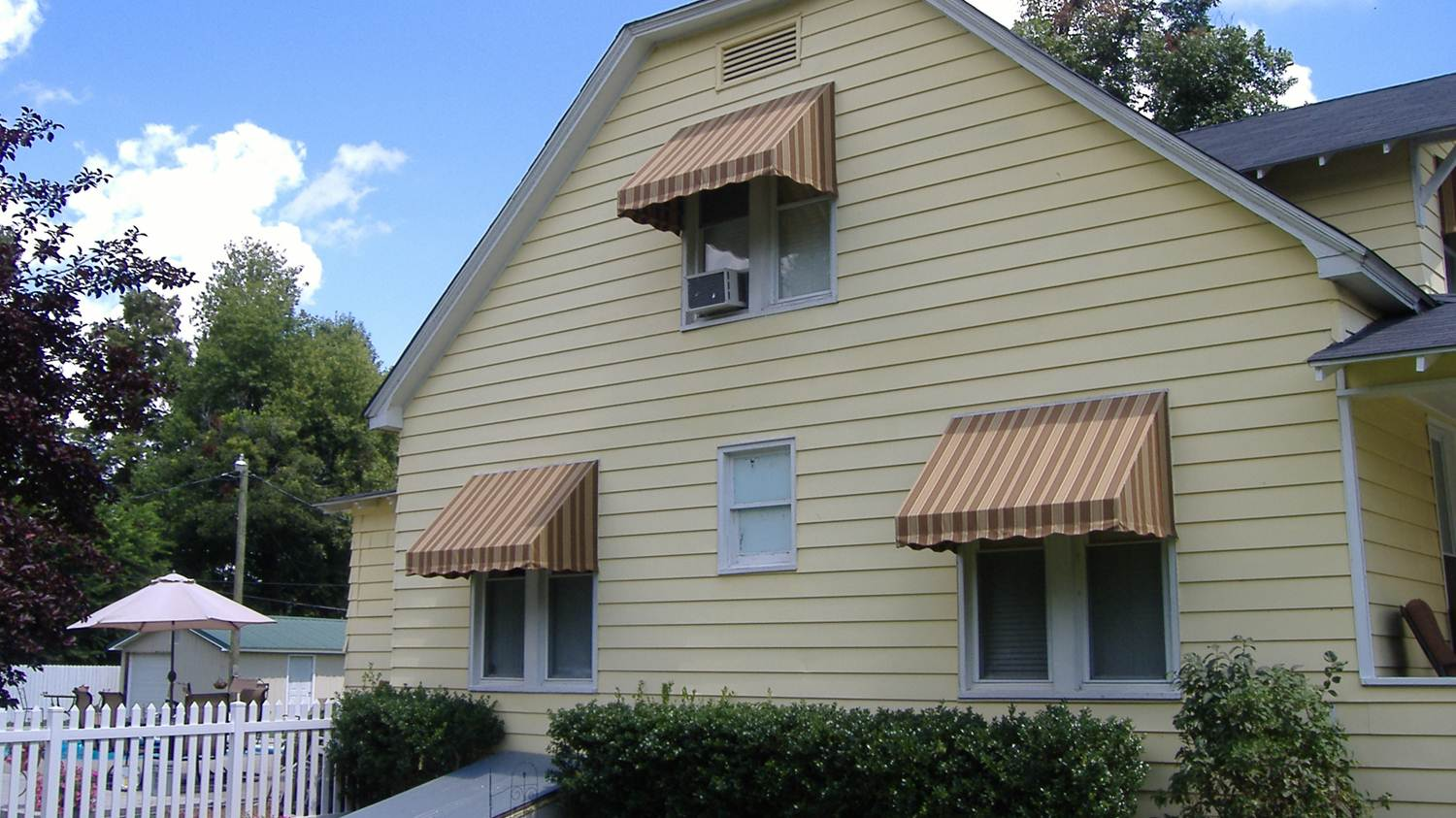 Residential Awnings Delta Tent & Awning pany