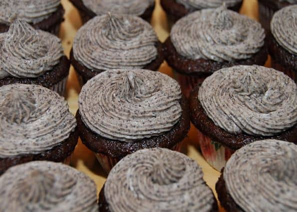 Oreo Cream Cheese Frosting