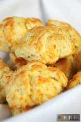cheddar-garlic-oregano-buttermilk-biscuit-recipe-oct-23-2016-3-50-pm