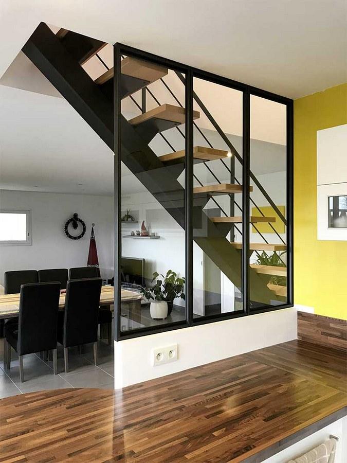 Escalier Metal Noir Et Bois | Contemporain Avec Limon Central En ...