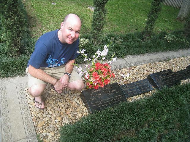 Pablo Emilio Escobars family grave