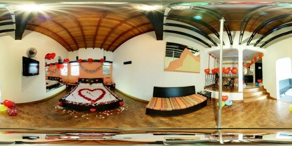 Love Motel Room 2