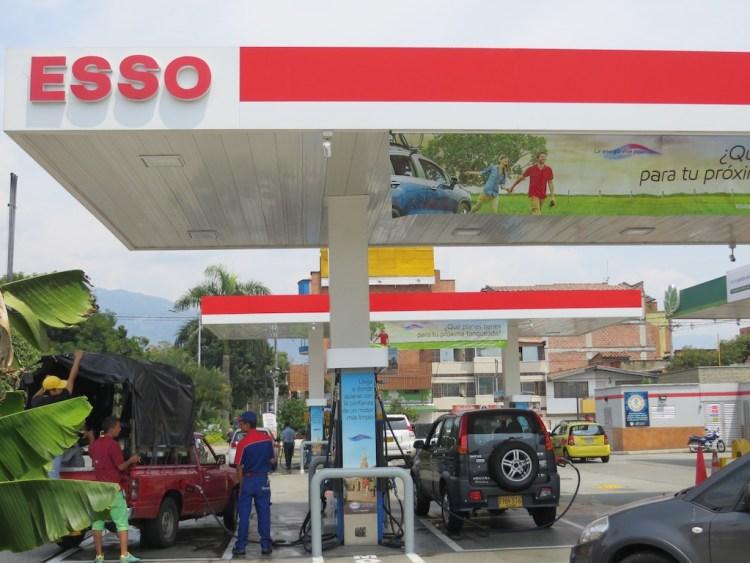 Esso gas station in Belén