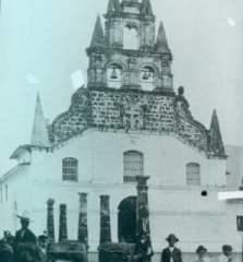 Iglesia_de_La_Veracruz-223x3001