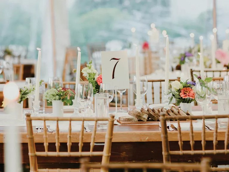 4 Reception Seating Mistakes Your Guests Don\u0027t Want You to Make