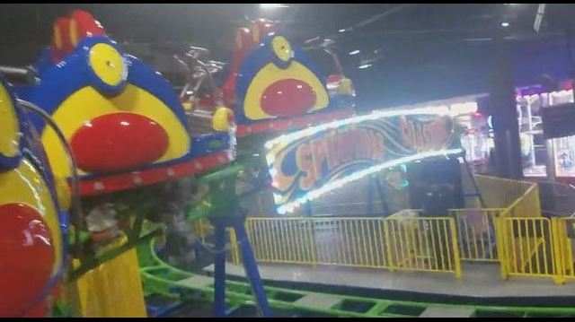 Teen dies after riding rollercoaster during church youth group trip