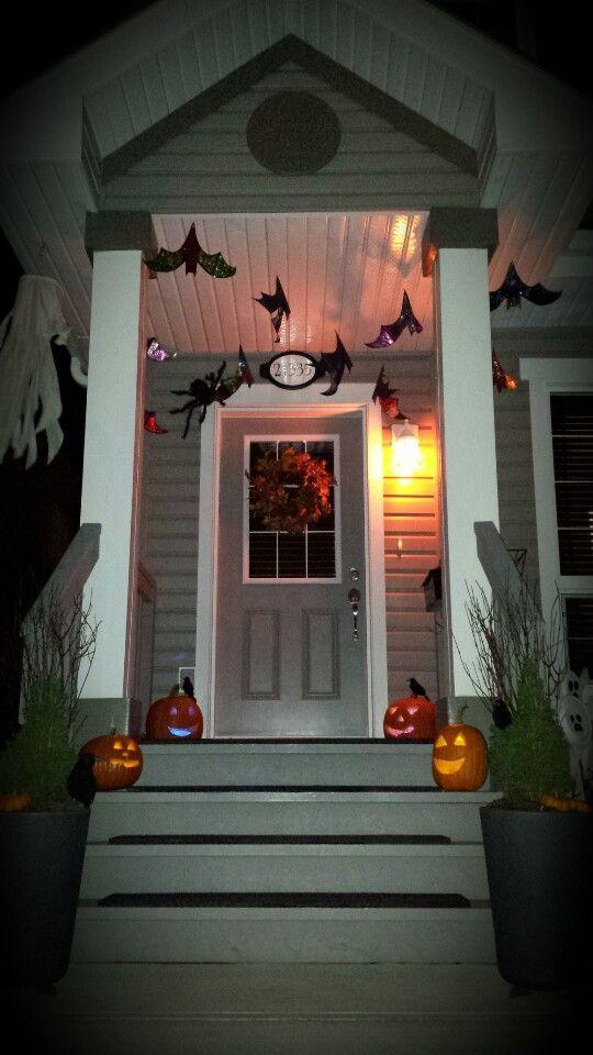 Front door halloween decorations