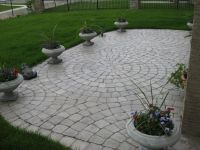 Paving stone patios... Circles! | Garden Things | Pinterest