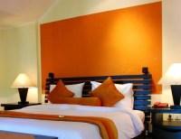 Orange accent wall | Dreamy Bedroom | Pinterest