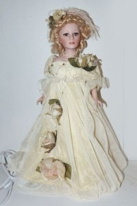 Victorian porcelain doll lamp | Valley of the Dolls ...