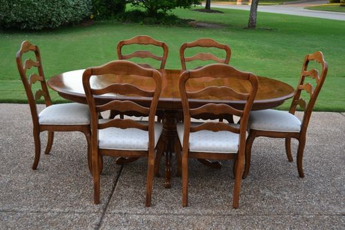 Ethan Allen Country French Pedestal Ext Dining Table6