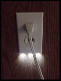 LED Night Light Built-In Outlet Cover Dusk to Dawn
