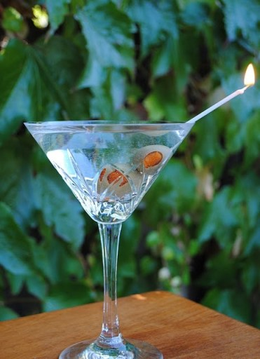 Love the Candle skewer for this Birthday tini!