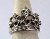 Crown ring, Sterling Silver Queen's Crown Ring with ...