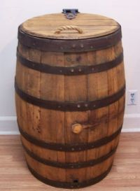 Old Whiskey Barrel Trash Can With Single Hinged Lid & Liner