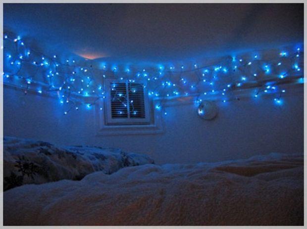 string christmas lights in bedroom