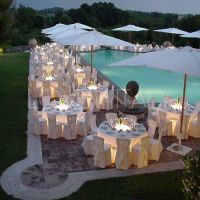 outdoor reception by pool | Things I Find Awesome | Pinterest