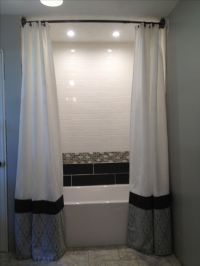 Floor to ceiling shower curtains | Por Mi Casa. | Pinterest