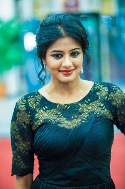 Priyamani at SIIMA Awards 2013 #Tollywood #Style #Fashion #Kollywood # ...
