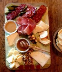 Charcuterie and cheese platter | Appetizers | Pinterest