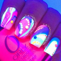 Glow in the dark nail polish design | Everything Nails ...