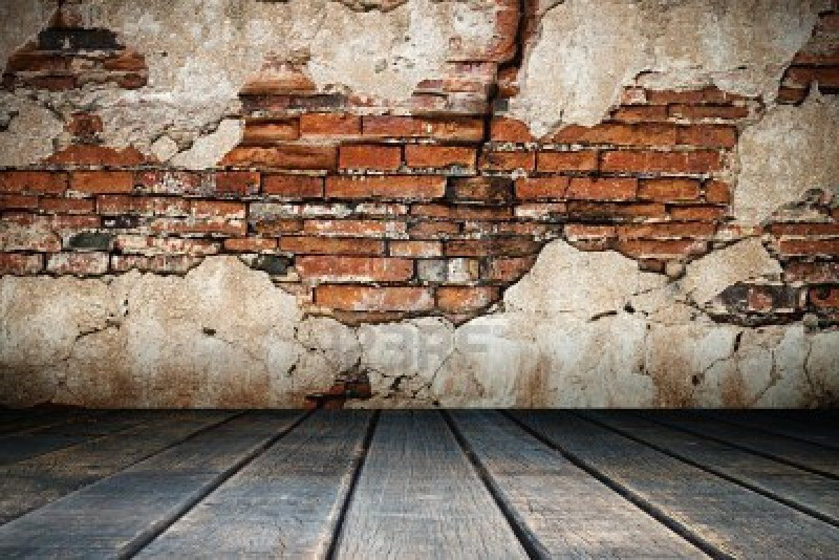 Distressed Brick Brick Wall And Crumbling Plaster Home And Decor Pinterest