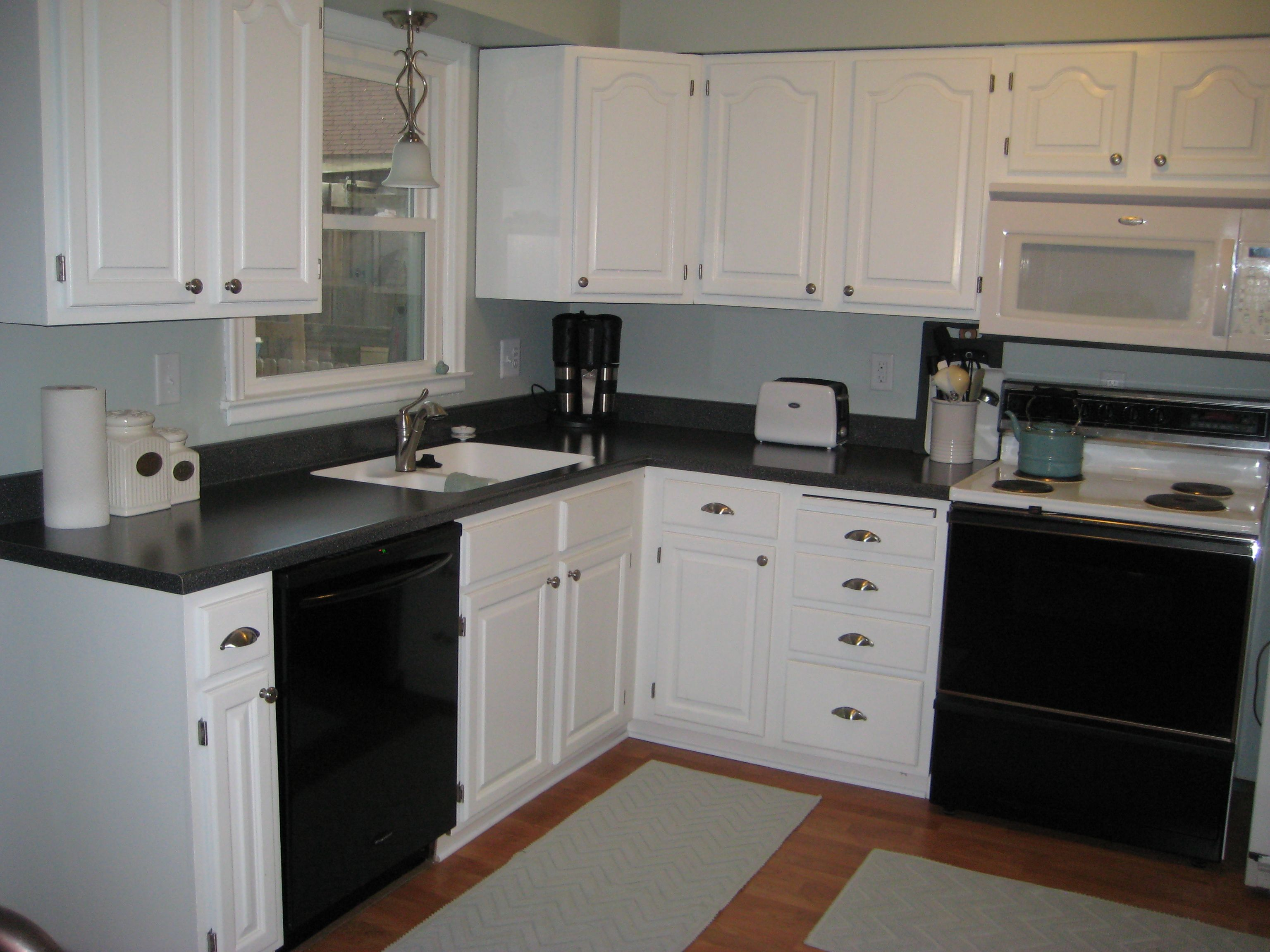 Pinterest Cabinets Kitchen White Cabinets Black Counters Kitchens And Dining Rooms