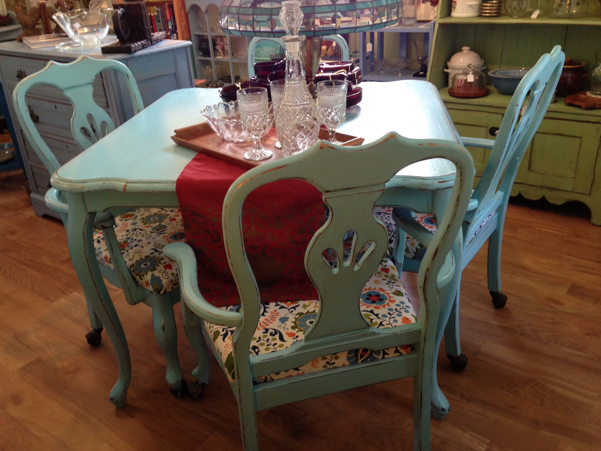Diy Shabby Chic Dining Table And Chairs Shabby Chic Dining Table With 4 Chair Flea Market Finds
