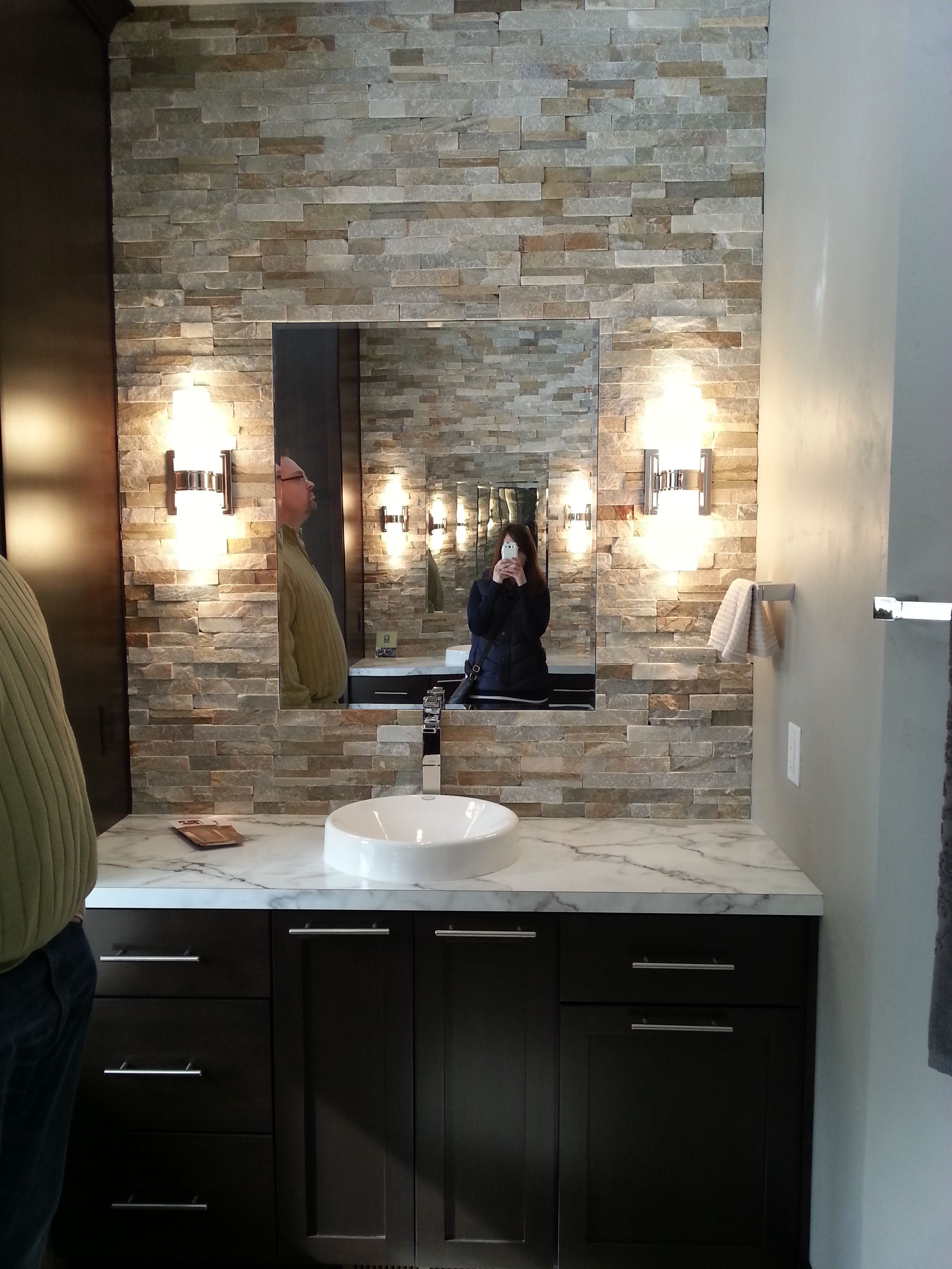 Accent Stone Wall Stone Accent Wall In Bathroom Bathroom Design Pinterest
