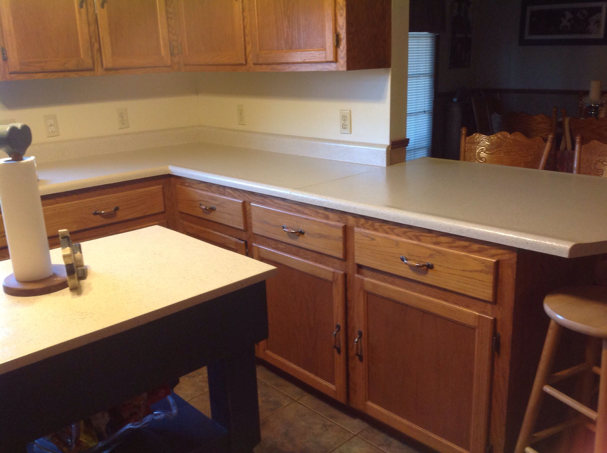 Daich Spreadstone Countertop Daich Spreadstone Countertop In Ivory Over Old
