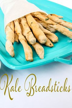 Herb Kale Breadsticks | The Classy Chapter - Featured at the #HomeMattersParty 53