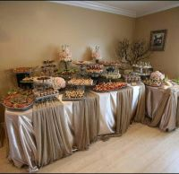 buffet table setting idea | bar and party | Pinterest ...