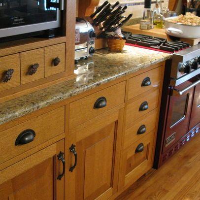 Quartersawn Oak Kitchen and Pantry