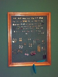 Pierced earring holder/display | Gifting Ideas | Pinterest