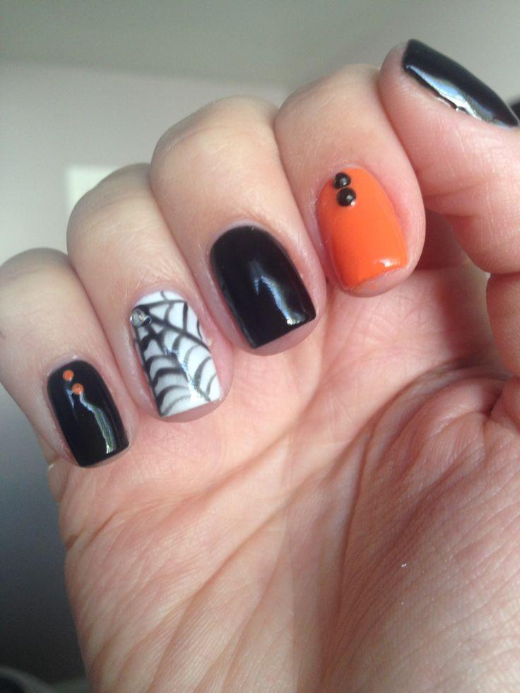 Halloween short nails
