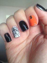 Halloween short nails