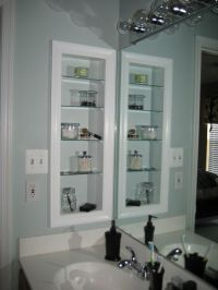 girl meets home: DIY: Medicine Cabinet | Bathroom | Pinterest