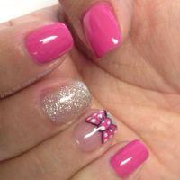 Minnie Mouse bow nail art design | Nail Art | Pinterest