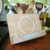 Wooden Recipe Book Holder | DIY Recipe Book | Pinterest