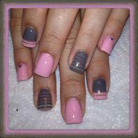 Pink and gray nails | Nail designs | Pinterest