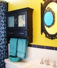 Yellow, turquoise and black bathroom.