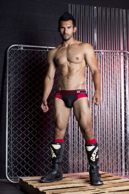 Mechanic Brief por CellBlock13