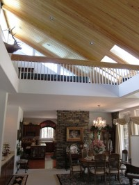 Pin by Caroline Carlsson on Vaulted ceilings and loft ...